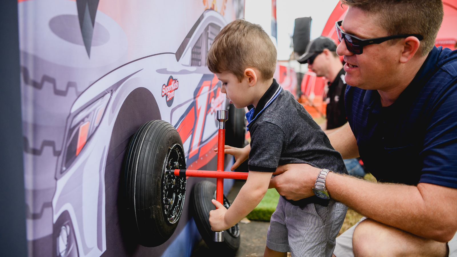 WIN // 1 of 3 Family 3-Day Passes to the Vodafone Gold Coast 600