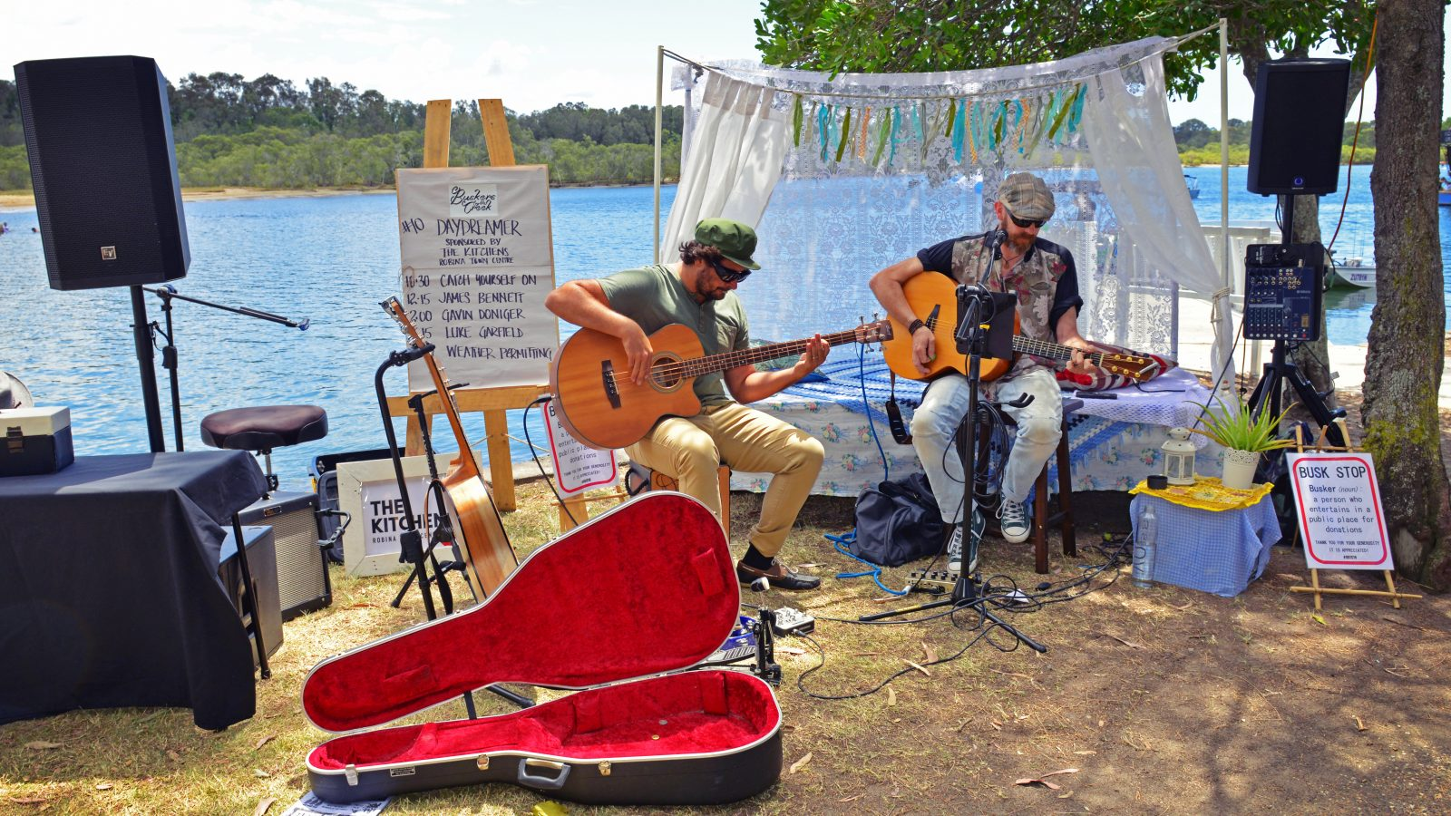 Buskers by the Creek
